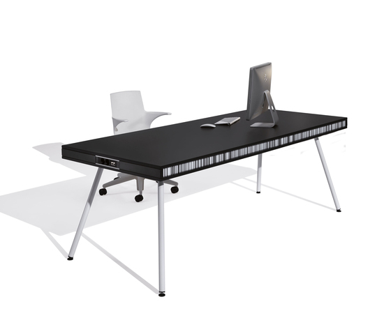 On by ULTOM ITALIA | Individual desks