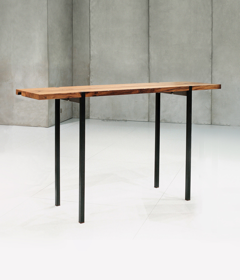 Oria Alto table|console by Redwitz | Console tables
