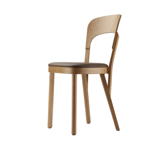 107 P by Thonet | Chairs