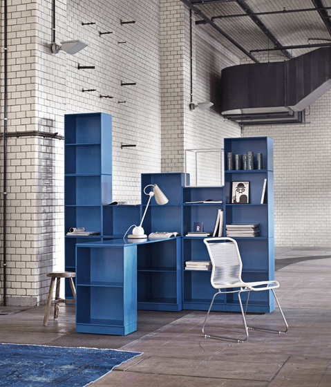 Montana Shelving system | application example by Montana Møbler | Desks