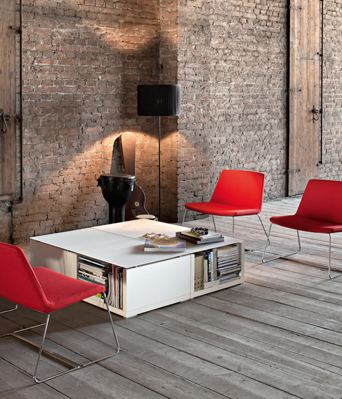 Kuadra by Sinetica Industries | Lounge tables
