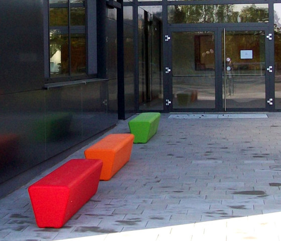 #140 Loop Line by out-sider | Exterior benches