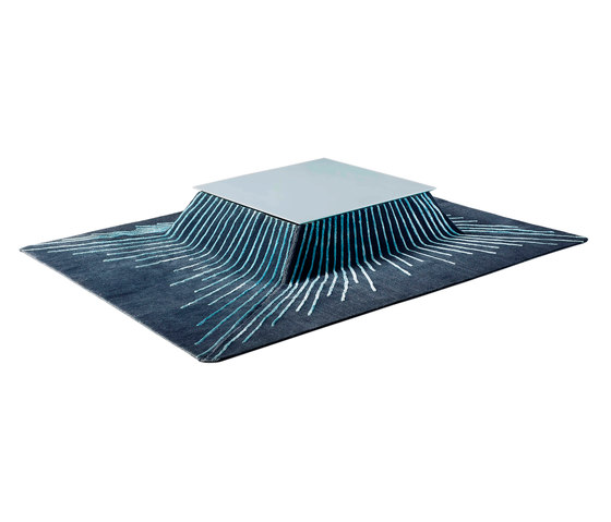 Coffee table by Chevalier édition | Rugs