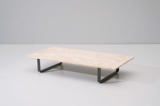 Bitta coffee table de KETTAL | Tables basses de jardin