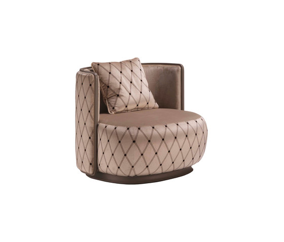 Kir Royal 6100 Armchair by F.LLi BOFFI | Lounge chairs