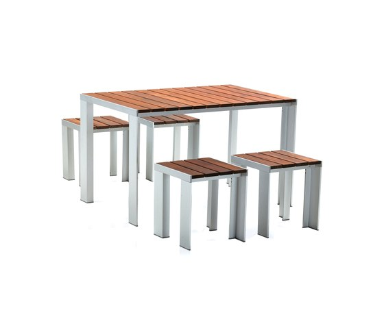 Deneb Teka table & stools by STUA | Garden stools