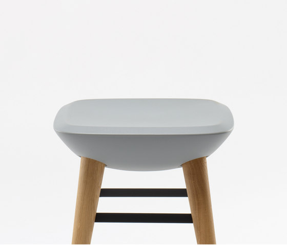 Pebble Stool by De Vorm | Stools