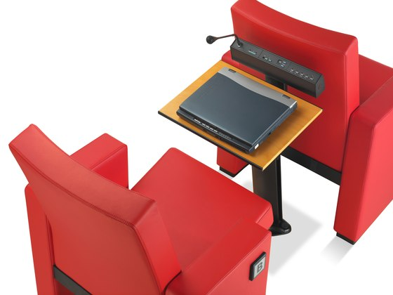 F-45 table by FIGUERAS | Writing consoles