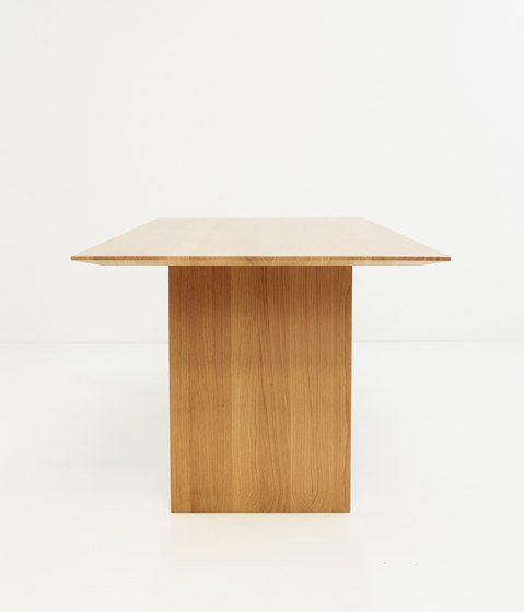Falter table by more | Conference tables