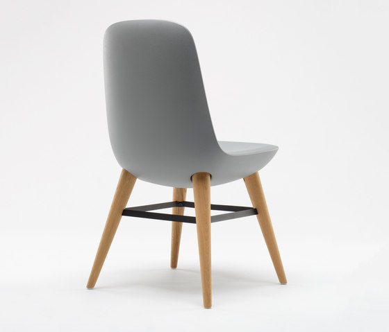 Pebble Chair by De Vorm | Restaurant chairs