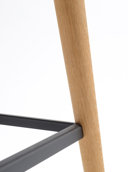 Pebble Barstool XL de De Vorm | Tabourets de bar