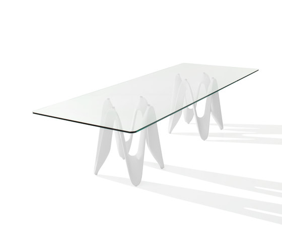 Lambda by Sovet | Dining tables