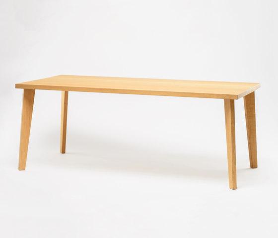 Wood Me Table de De Vorm | Mesas para restaurantes