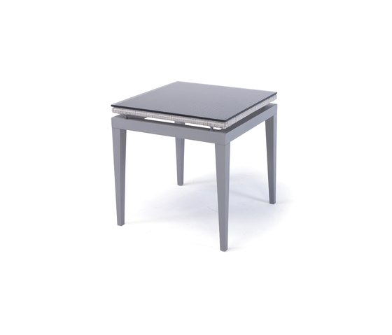 Dorothy Lounge side table de steve & james | Tables d'appoint de jardin