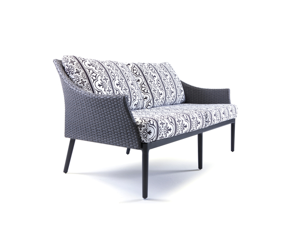 Matty Lounge sofa di steve & james | Divani da giardino