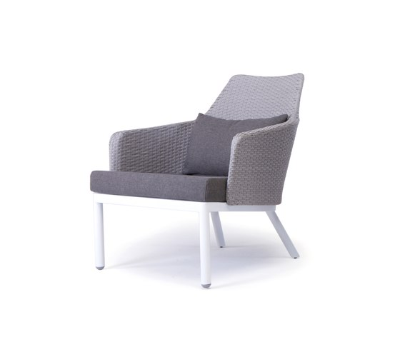 Robinson Lounge chair by steve & james | Garden armchairs