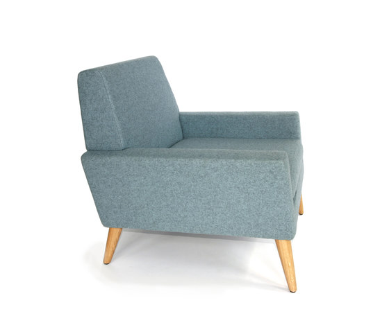 Finsbury Arm Chair de Assemblyroom | Fauteuils d'attente