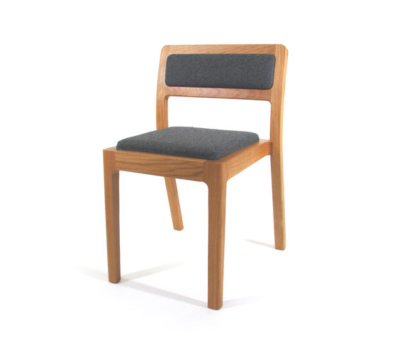 Long Eaton Stacking Chair di Assemblyroom | Sedie visitatori