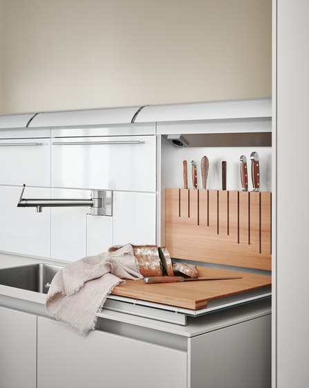 b3 function box by bulthaup | Kitchen organization