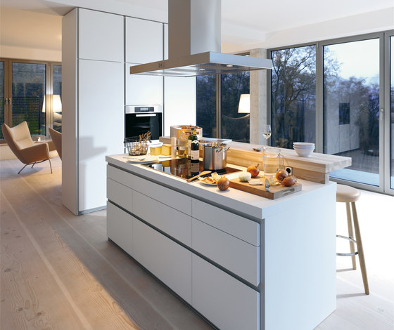 bulthaup b1 by bulthaup | Fitted kitchens