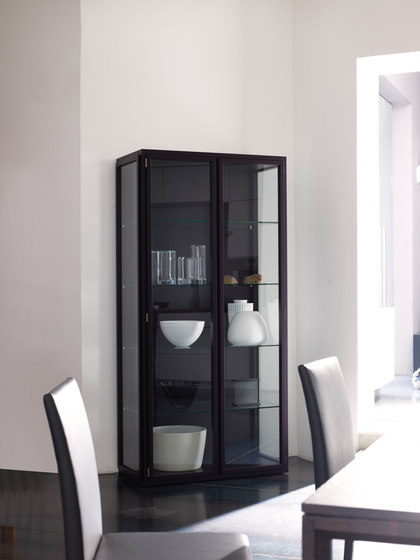 frida von neue wiener werkst tte vitrine produkt. Black Bedroom Furniture Sets. Home Design Ideas