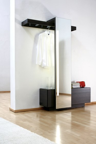 Nexus by Sudbrock | Freestanding wardrobes