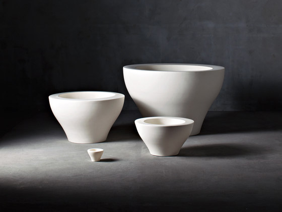 Ming Family by Serralunga | Flowerpots / Planters