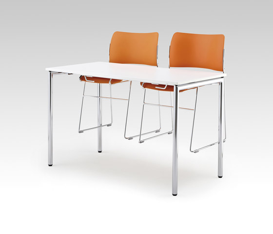 Usu table with chair hanger by HOWE | Multipurpose tables