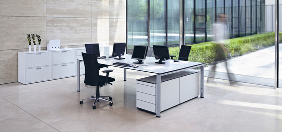 Icon by VARIO | Desking systems