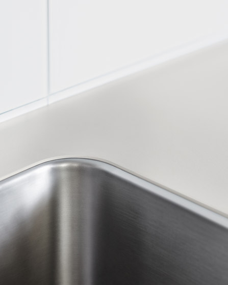 b3 water point by bulthaup | Kitchen sinks