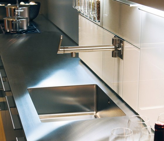 bulthaup b3 Wasserstelle by bulthaup | Kitchen sinks
