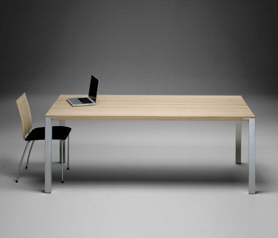 GM 2110-14 Table de Naver | Mesas comedor