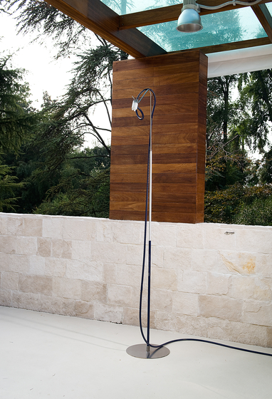 Camilla CAM01 by CEADESIGN | Outdoor showers