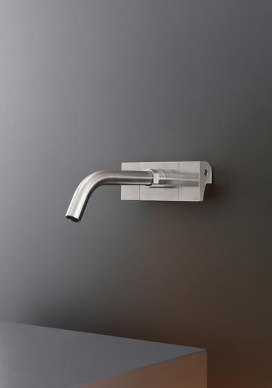 Neutra NEU01 de CEADESIGN | Robinetterie pour lavabo