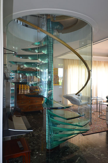 Sky Screw by Siller Treppen | Glass stairs