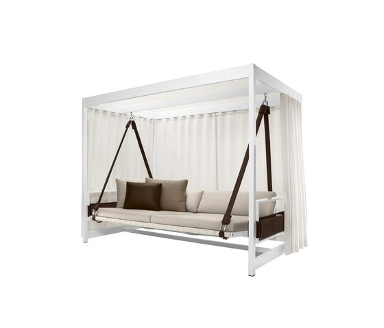 City Camp Garden Swing upholstered by DEDON | Garden sofas