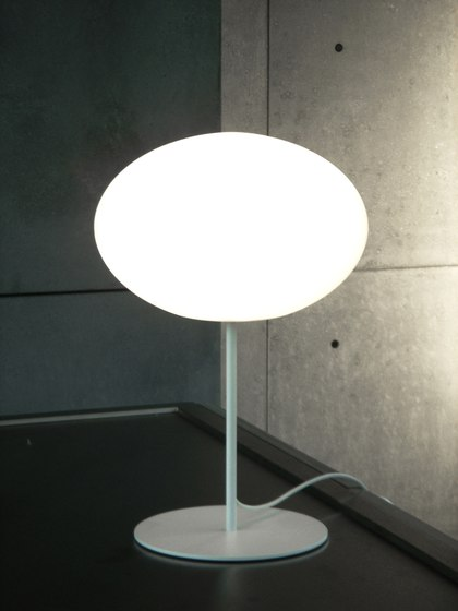 Eggy Pop Pin Table de Cph Lighting | Iluminación general