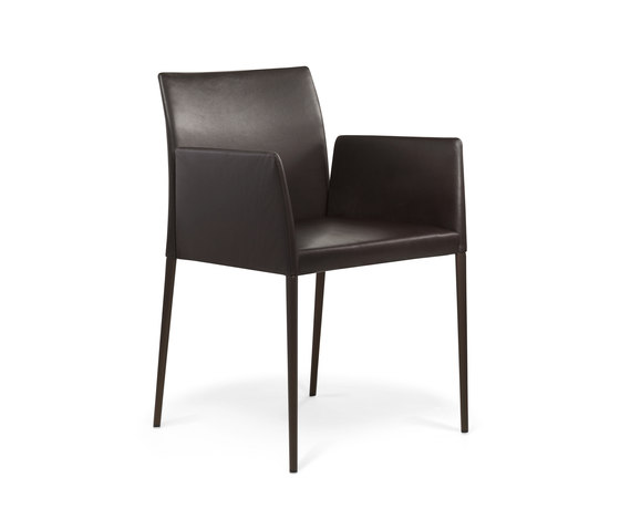 Deen chair with armrests di Walter Knoll | Sedie visitatori