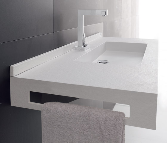 Toallero lavabos de fiora architonic for Toallero lavabo