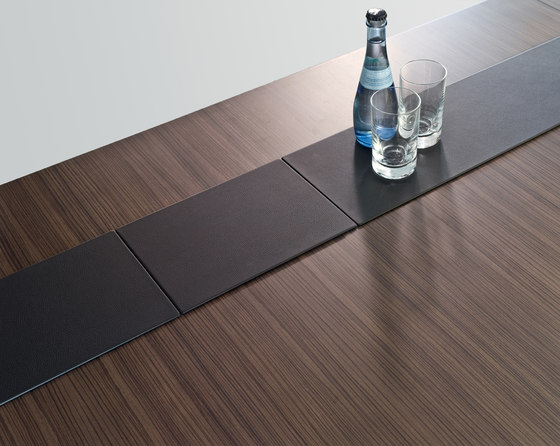 Tune conference table by RENZ | Conference table systems