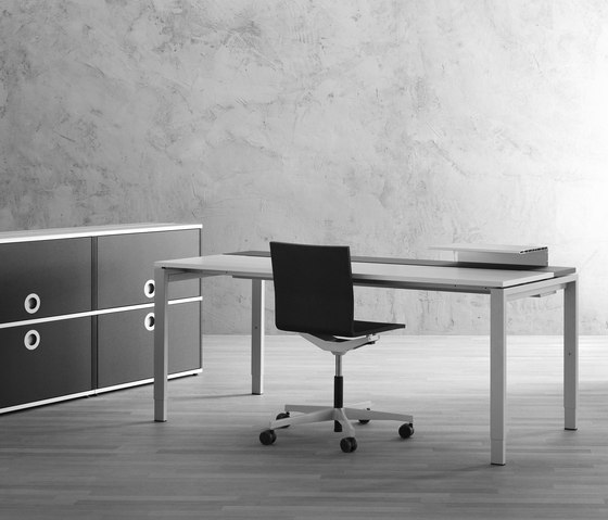 D1 Table by Denz | Individual desks