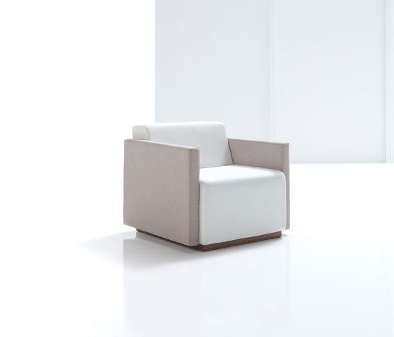 Pau by Inclass | Modular seating elements