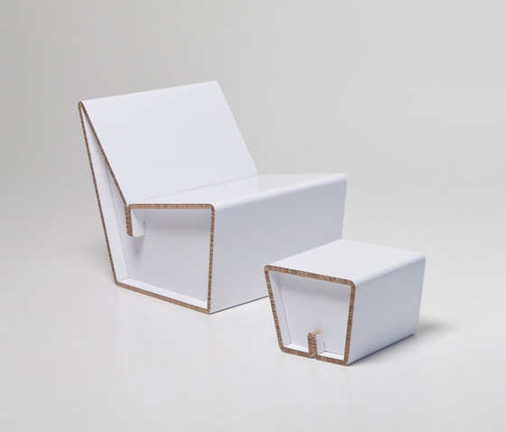 Kenno L Cardboard chair I XS stool de Showroom Finland Oy | Sillones
