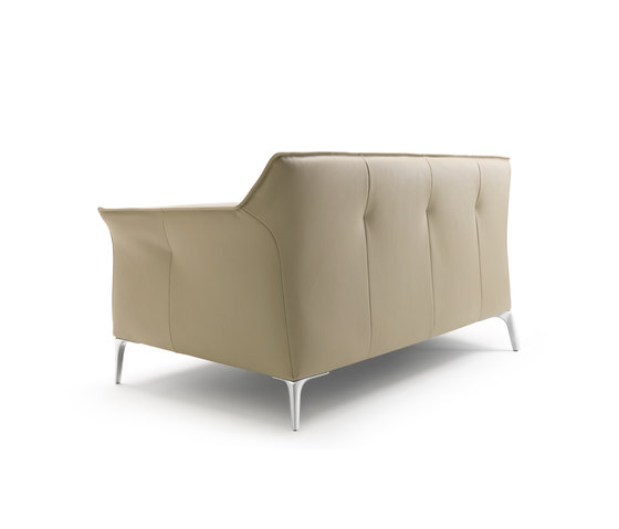 Mayon Sofa by Leolux | Lounge sofas