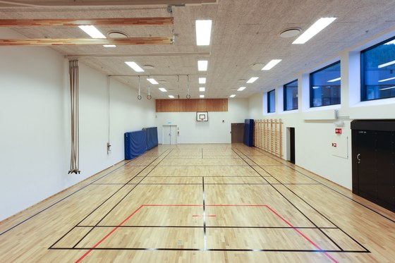 Applications | Tonstad School by Troldtekt | Ceiling systems