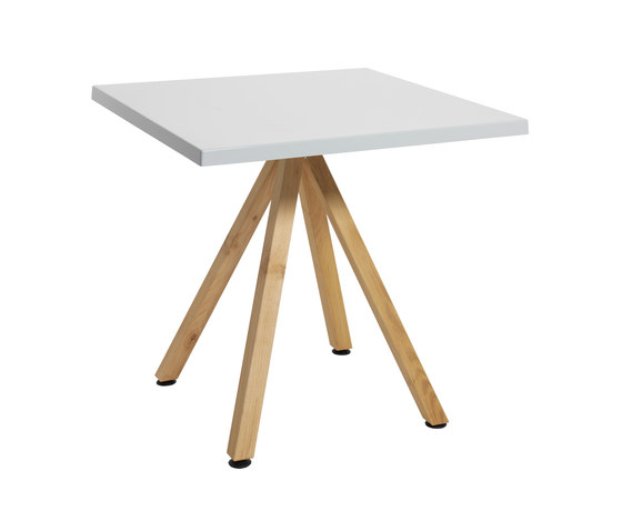 Robinia with tabletop Classic di nanoo by faserplast | Tavoli caffetteria