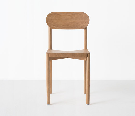 Studio Chair by Resident | Restaurant chairs