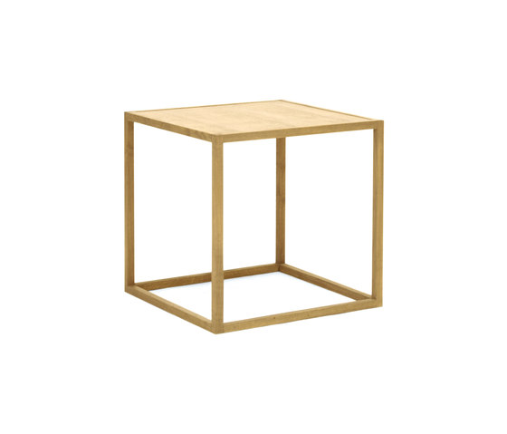 Cubo by Plinio il Giovane | Dining tables
