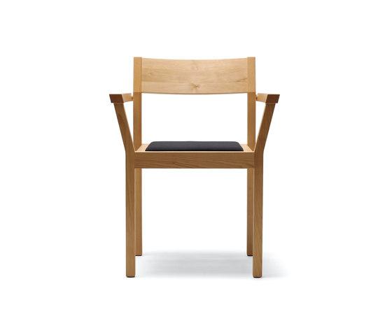 Periferia KVT3 Chair de Nikari | Chaises polyvalentes