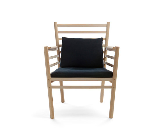 Arte RML1 Lounge chair de Nikari | Fauteuils d'attente